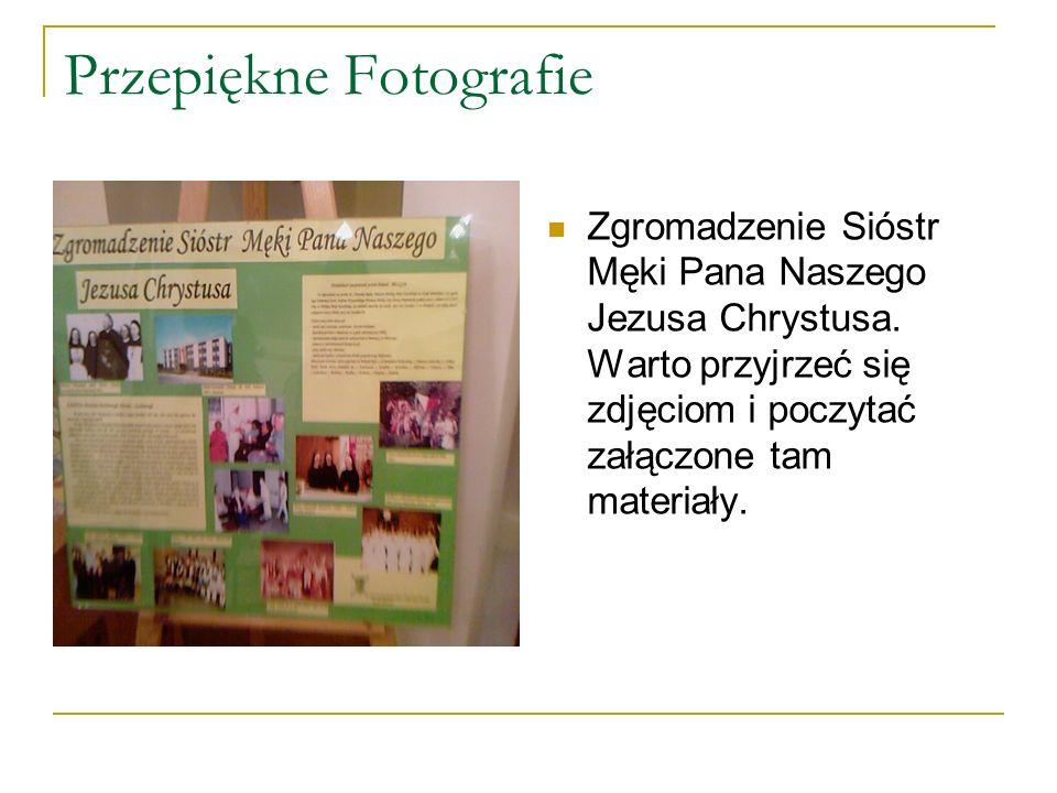 Nie Tylko Zdjęcia … Poza bogatą kolekcją fotografii mieliśmy okazję zobaczyć Sztandar z Matką Boską i Dzieciątkiem.