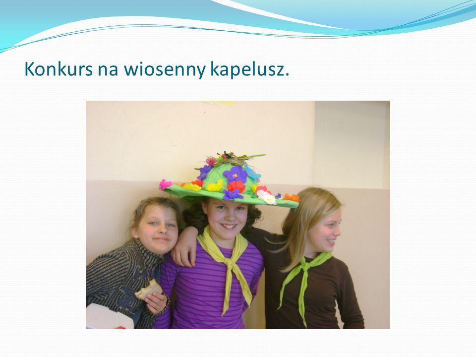 Konkurs na wiosenny kapelusz.