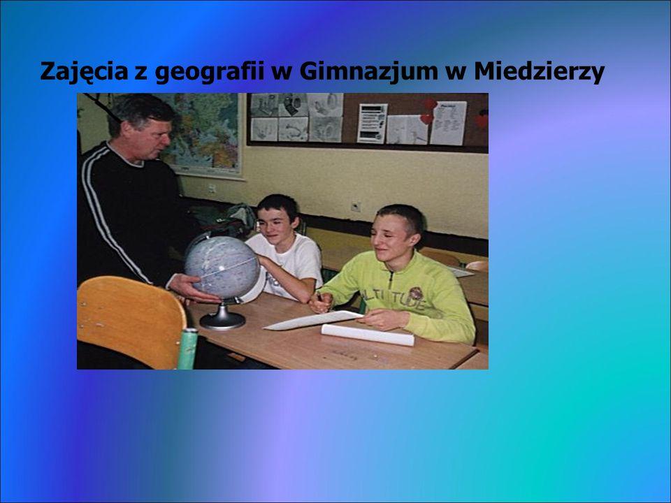 Zajęcia z geografii w Gimnazjum w Miedzierzy