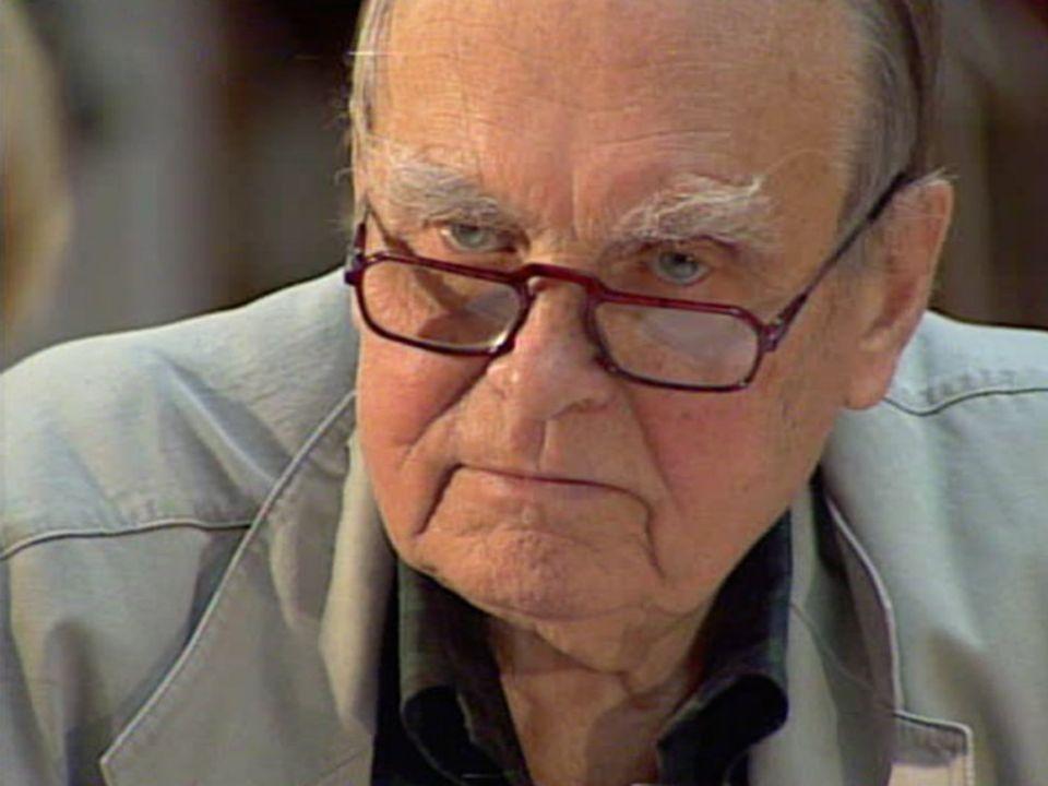 CZESŁAW MIŁOSZ Urodził sie 30 czerwca 1911 w Szetejniach. Był poetą, historykiem literatury, tłumaczem. Zmarł 14 sierpnia 2004 w Krakowie. Otrzymał Li