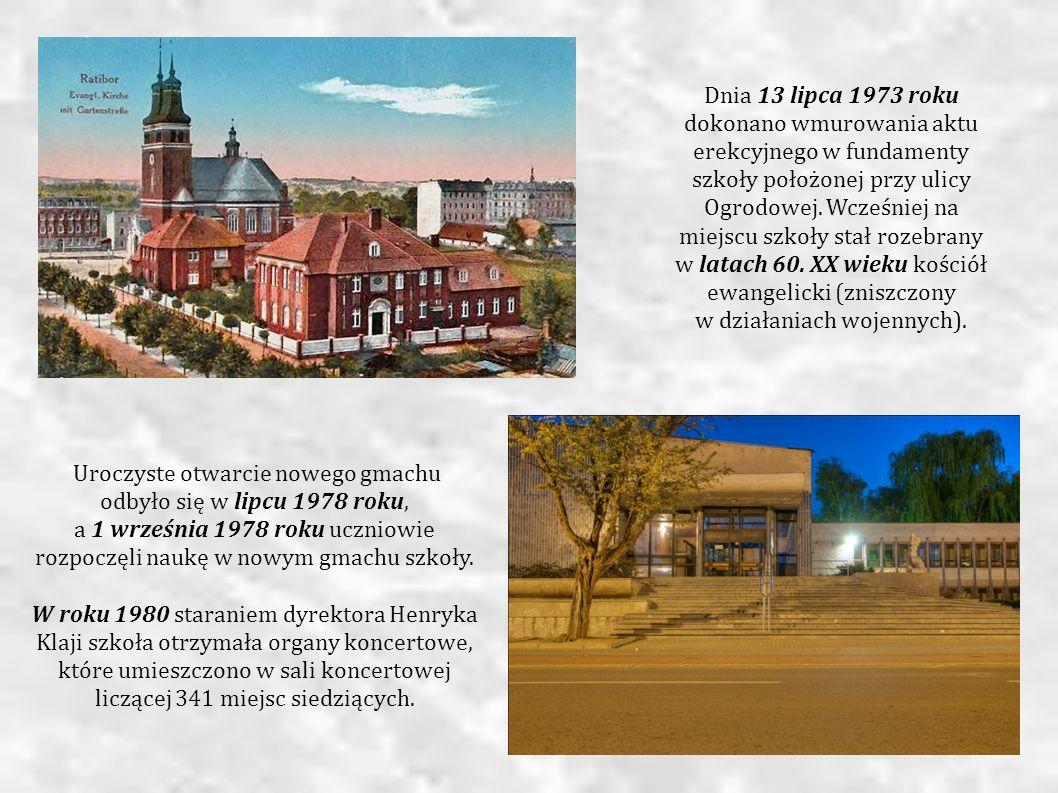 Uroczyste otwarcie nowego gmachu odbyło się w lipcu 1978 roku, a 1 września 1978 roku uczniowie rozpoczęli naukę w nowym gmachu szkoły. W roku 1980 st