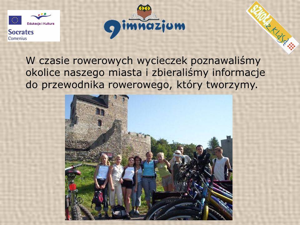 W czasie rowerowych wycieczek poznawaliśmy okolice naszego miasta i zbieraliśmy informacje do przewodnika rowerowego, który tworzymy.