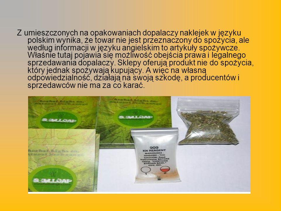 Z umieszczonych na opakowaniach dopalaczy naklejek w języku polskim wynika, że towar nie jest przeznaczony do spożycia, ale według informacji w języku