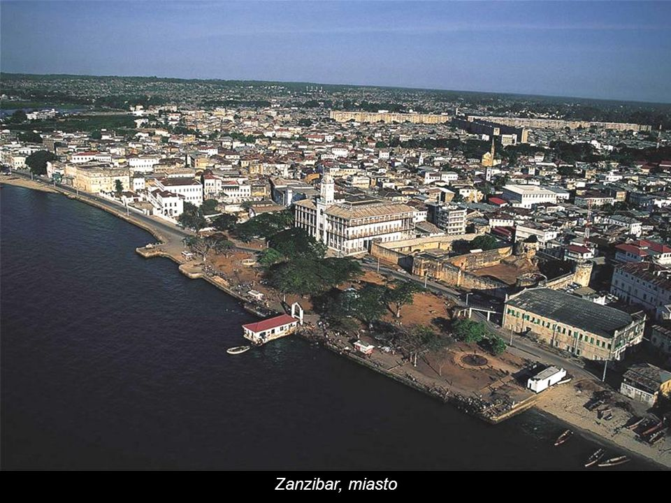 Zanzibar wraz z sąsiednią wyspą Pemba tworzy autonomiczną część Tanzanii.