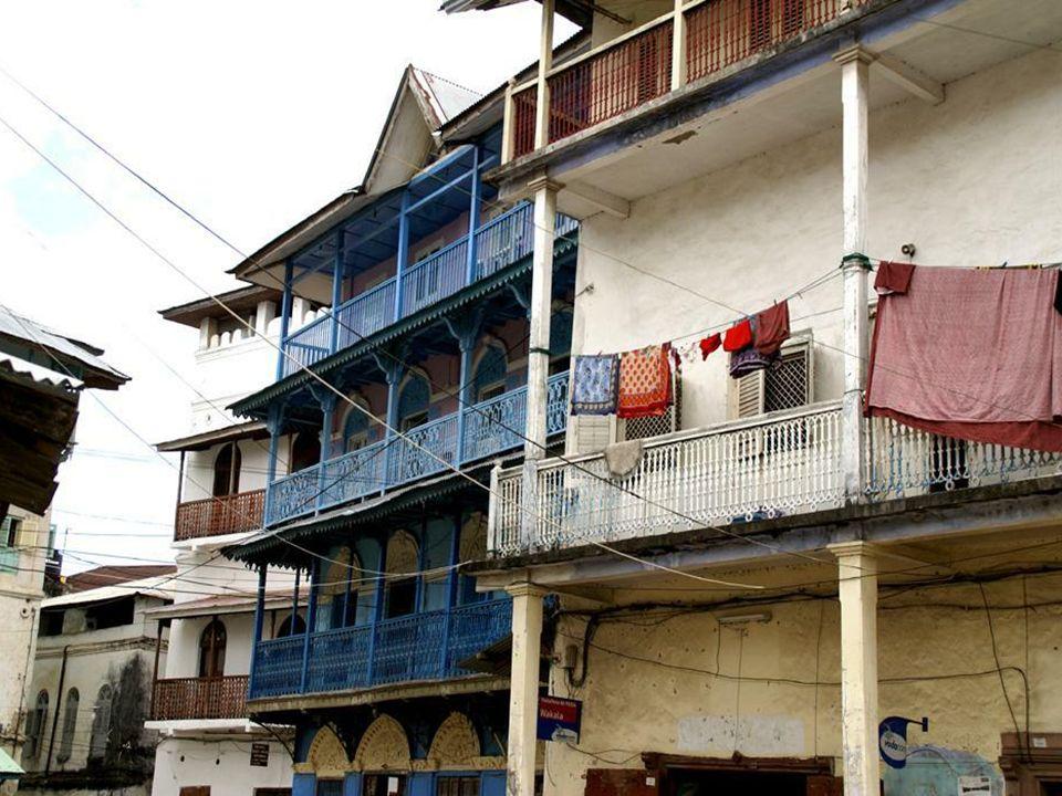 Dom w którym urodził się Freddie Mercury właśc. Farrokh Bulsara (ur.1946- zm.1991) wokalista rockowy i autor tekstów, brytyjskiej grupy Queen Obecnie