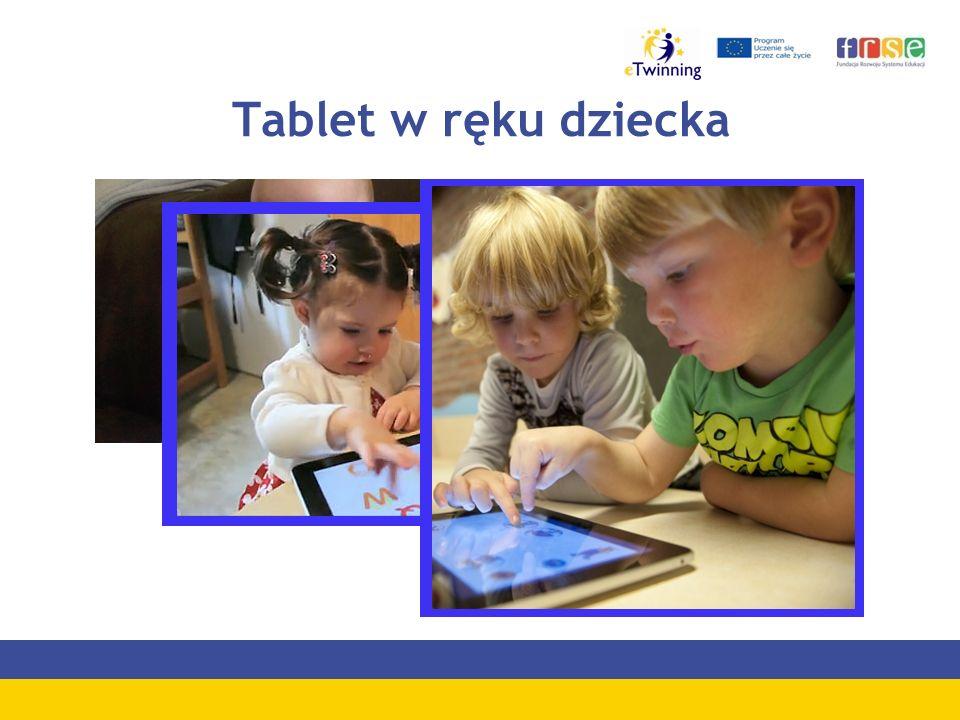 Tablet w ręku dziecka