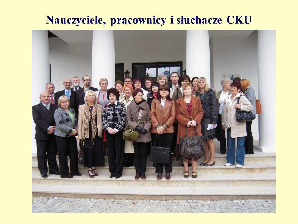 Nauczyciele, pracownicy i słuchacze CKU