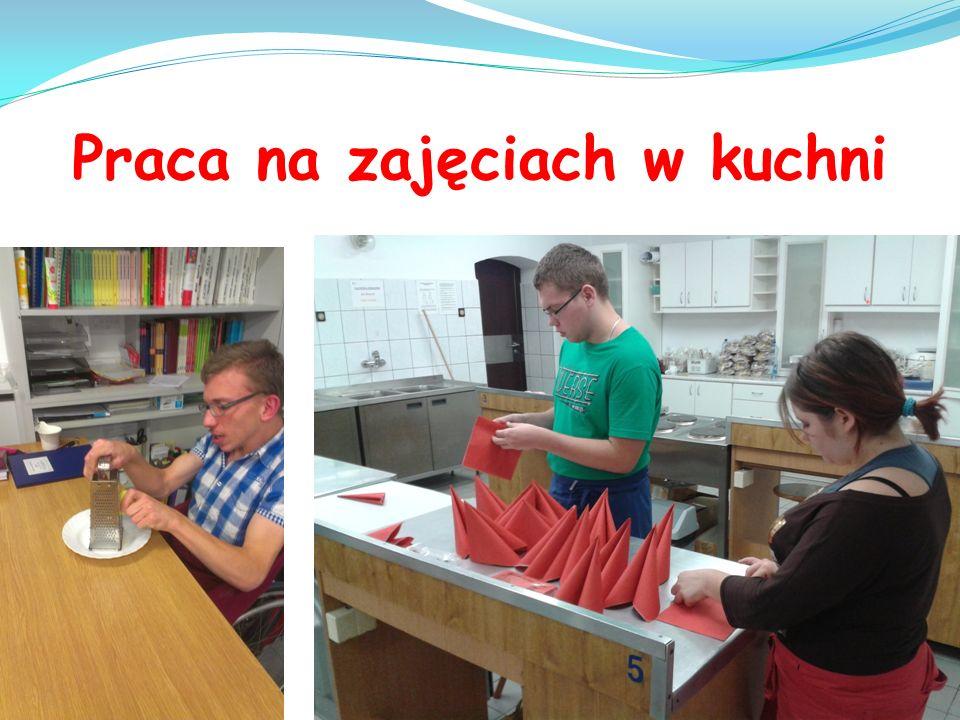 Praca na zajęciach w kuchni
