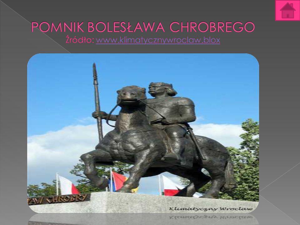 Pomnik Bolesława Chrobrego Pomnik Bolesława Chrobrego –władcy Polski – Bolesławowi Chrobremu, znajdujący się w pomnik poświęcony pierwszemu koronowanemu Gnieźnie, przy ulicy Jana Łaskiego.
