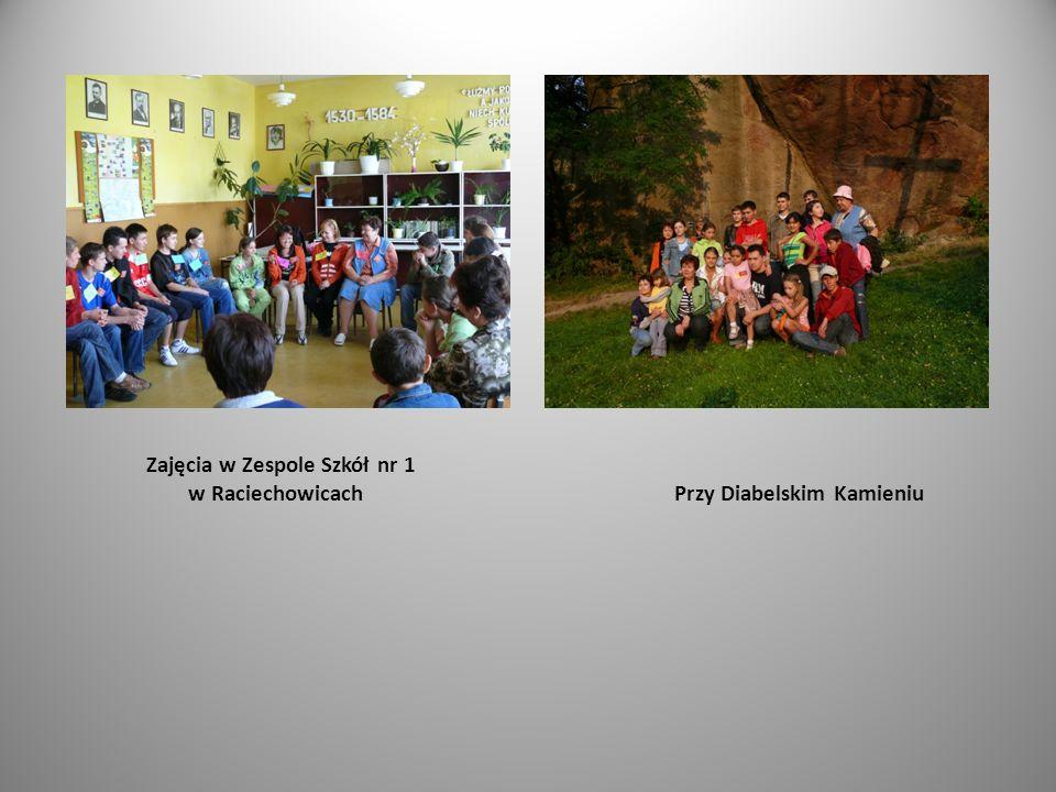 Zajęcia w Zespole Szkół nr 1 w Raciechowicach Przy Diabelskim Kamieniu