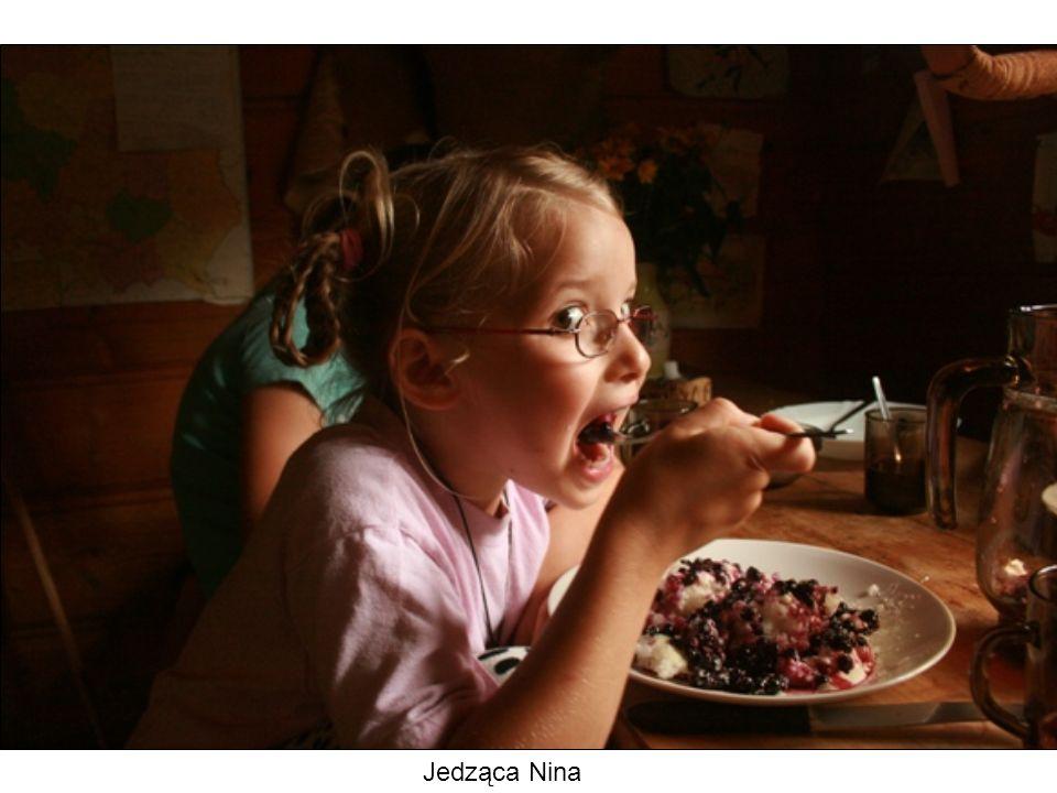 Jedząca Nina