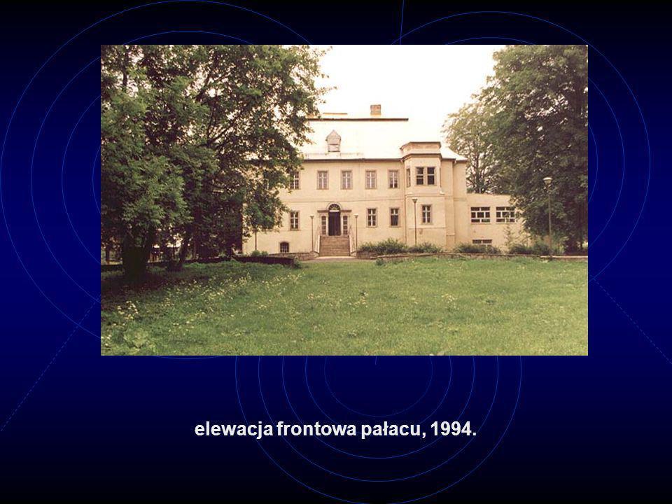 elewacja frontowa pałacu, 1994.