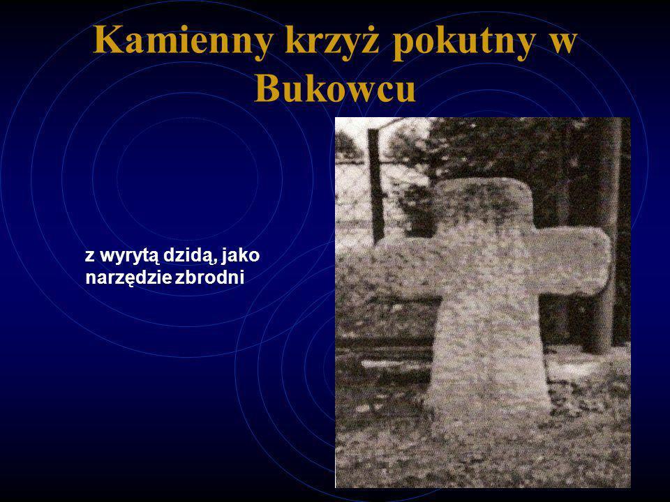 Kamienny krzyż pokutny w Bukowcu z wyrytą dzidą, jako narzędzie zbrodni