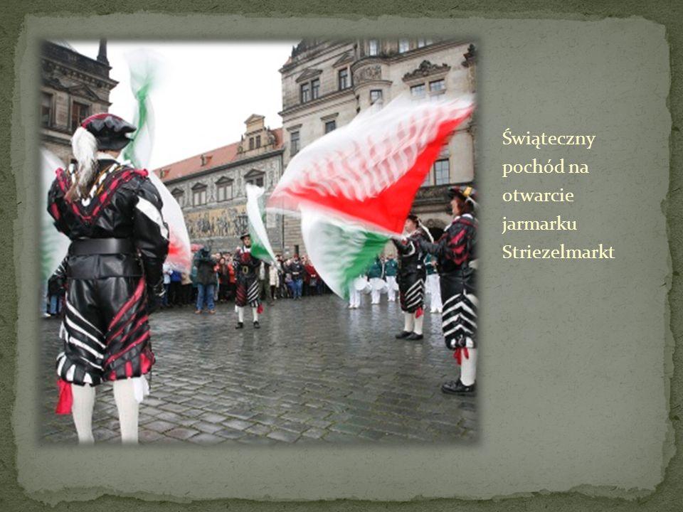 Świąteczny pochód na otwarcie jarmarku Striezelmarkt