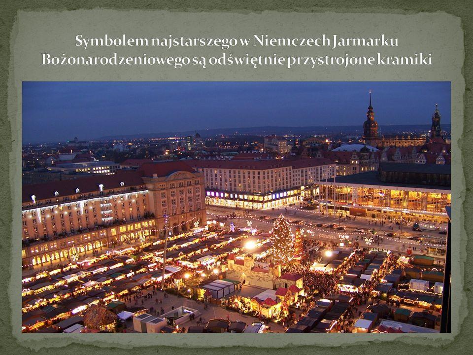 której wysokość wynosząca 14,62 m odnotowana jest w Księdze Rekordów Guinessa, będzie wraz z najwyższą choinką zdobić tegoroczny Striezelmarkt odbywający się już po raz 575.
