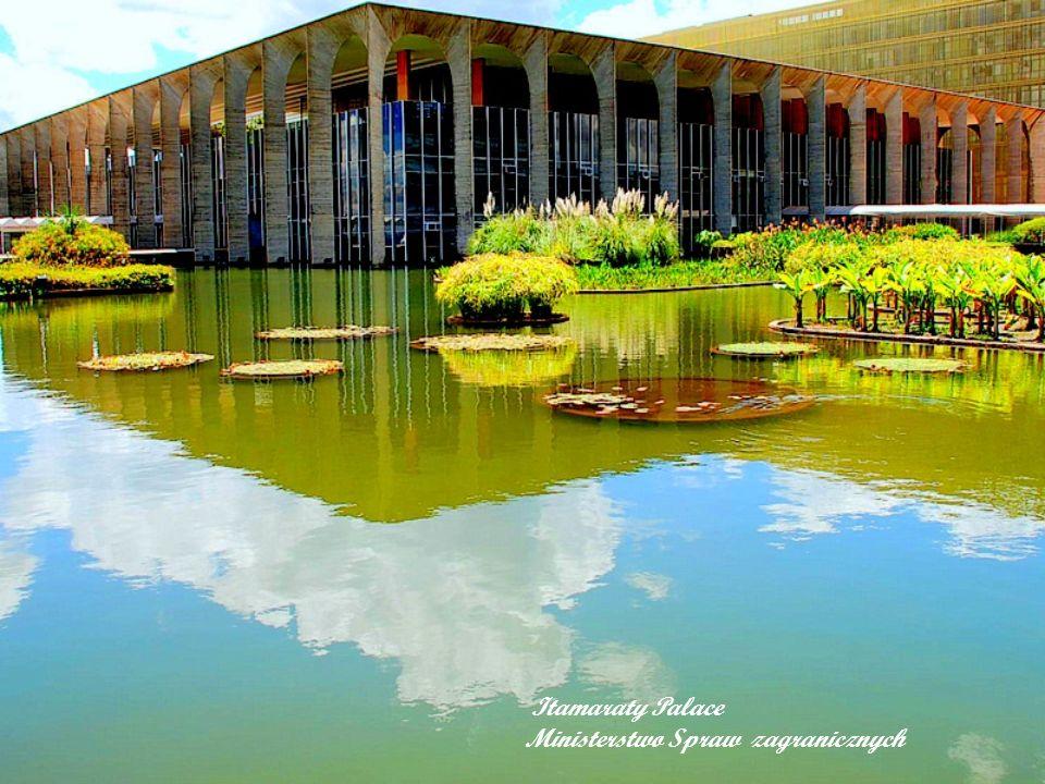 Palacio Alvorada to oficjalna rezydencja prezydenta Brazylii.