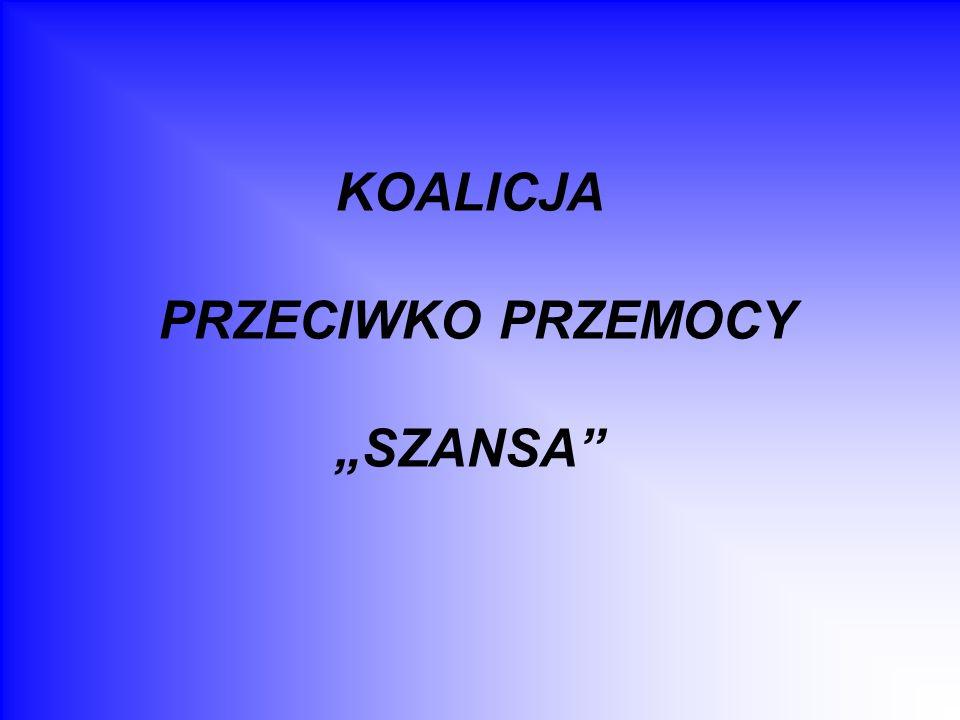 Definicja przemocy Siła przeważająca czyjąś siłę, fizyczna przewaga wykorzystywana do czynów bezprawnych dokonywanych na kimś; narzucona bezprawnie władza, panowanie; czyny bezprawne dokonane z użyciem fizycznego przymusu; gwałt (wg Słownika Języka Polskiego PWN) Celowe użycie siły fizycznej lub przymusu psychicznego, zagrażające lub rzeczywiste, przeciwko sobie, komuś innemu lub przeciwko grupie lub społeczności, co powoduje lub jest prawdopodobne, że spowoduje zranienie, fizyczne uszkodzenie, śmierć, ból psychologiczny, zaburzenie rozwoju lub deprawację (wg Światowej Organizacji Zdrowia)