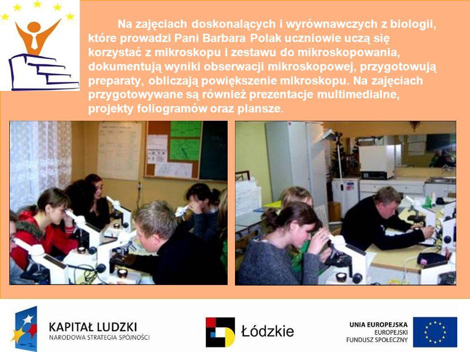 Na zajęciach doskonalących i wyrównawczych z biologii, które prowadzi Pani Barbara Polak uczniowie uczą się korzystać z mikroskopu i zestawu do mikros