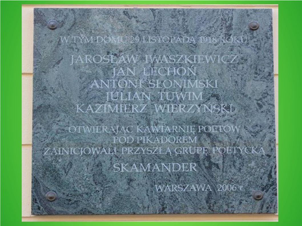 Na obczyźnie Z wybuchem II wojny światowej Tuwim emigruje do Francji wraz z Antonim Słonimskim i Janem Lechoniem.