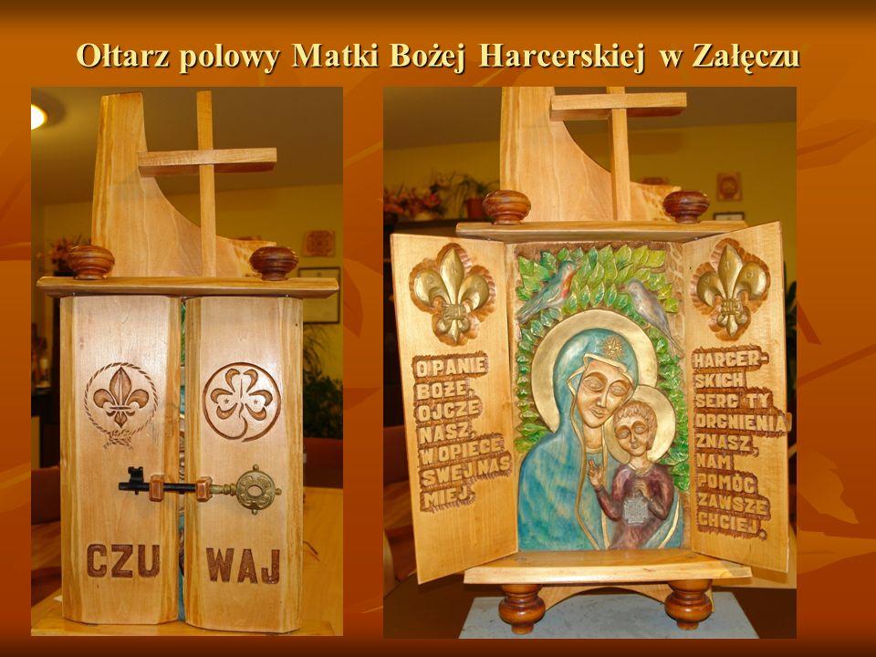 Ołtarz polowy Matki Bożej Harcerskiej w Załęczu