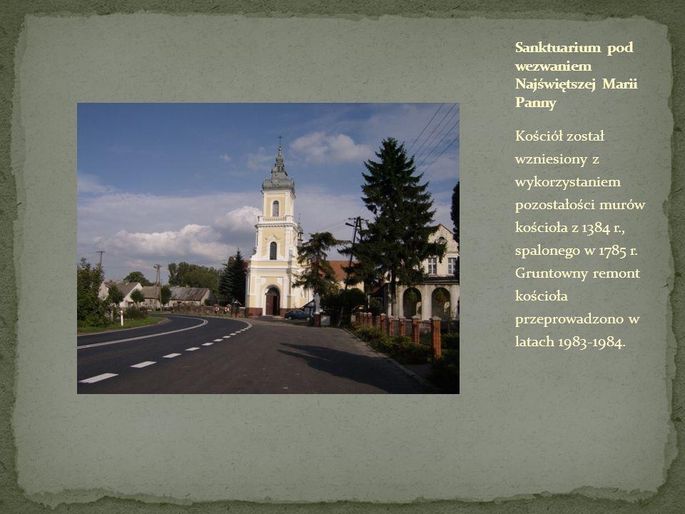 Kościół został wzniesiony z wykorzystaniem pozostałości murów kościoła z 1384 r., spalonego w 1785 r. Gruntowny remont kościoła przeprowadzono w latac