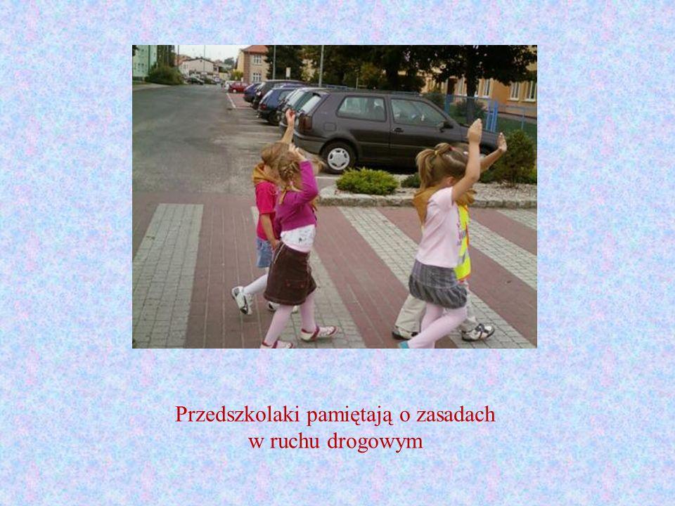 Przedszkolaki pamiętają o zasadach w ruchu drogowym