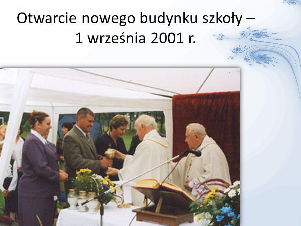 1 września 2002 r. – Szkoła Podstawowa w Śledziejowicach im. Jana Pawła II