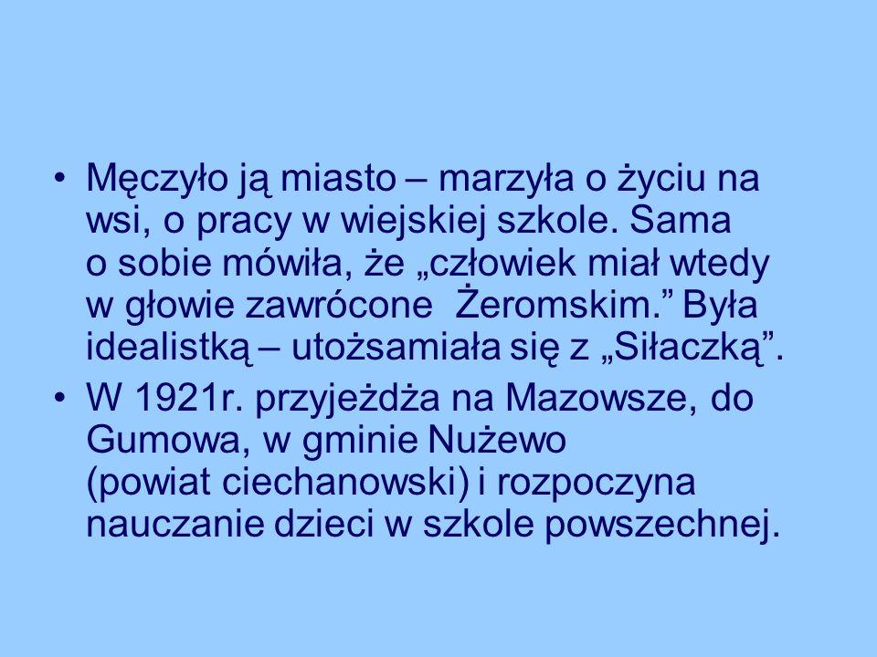 Z wypowiedzi wnuczki Janiny Sieklickiej, pani Bożeny Stoberskiej z domu Proniewicz: Nie znałam mojej babci jako żołnierza AK, nie znałam jej jako nauczycielki.