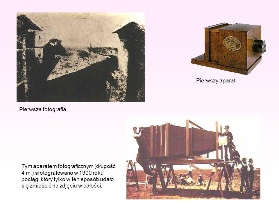 Tym aparatem fotograficznym (długość 4 m.) sfotografowano w 1900 roku pociąg, który tylko w ten sposób udało się zmieścić na zdjęciu w całości. Pierws
