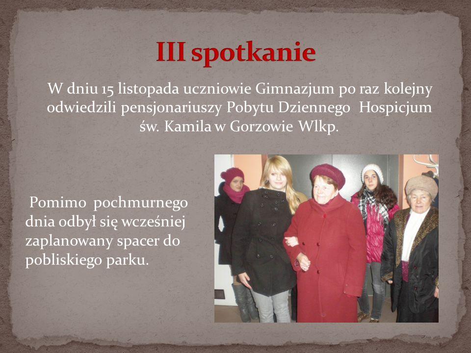 W dniu 15 listopada uczniowie Gimnazjum po raz kolejny odwiedzili pensjonariuszy Pobytu Dziennego Hospicjum św. Kamila w Gorzowie Wlkp. Pomimo pochmur