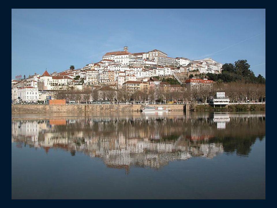 Coimbra, miasto w Portugalii, leżące nad rzeką Mondego, w dystrykcie Coimbra, w regionie Centrum w podregionie Baixo Mondego. Mieści się tu najstarszy