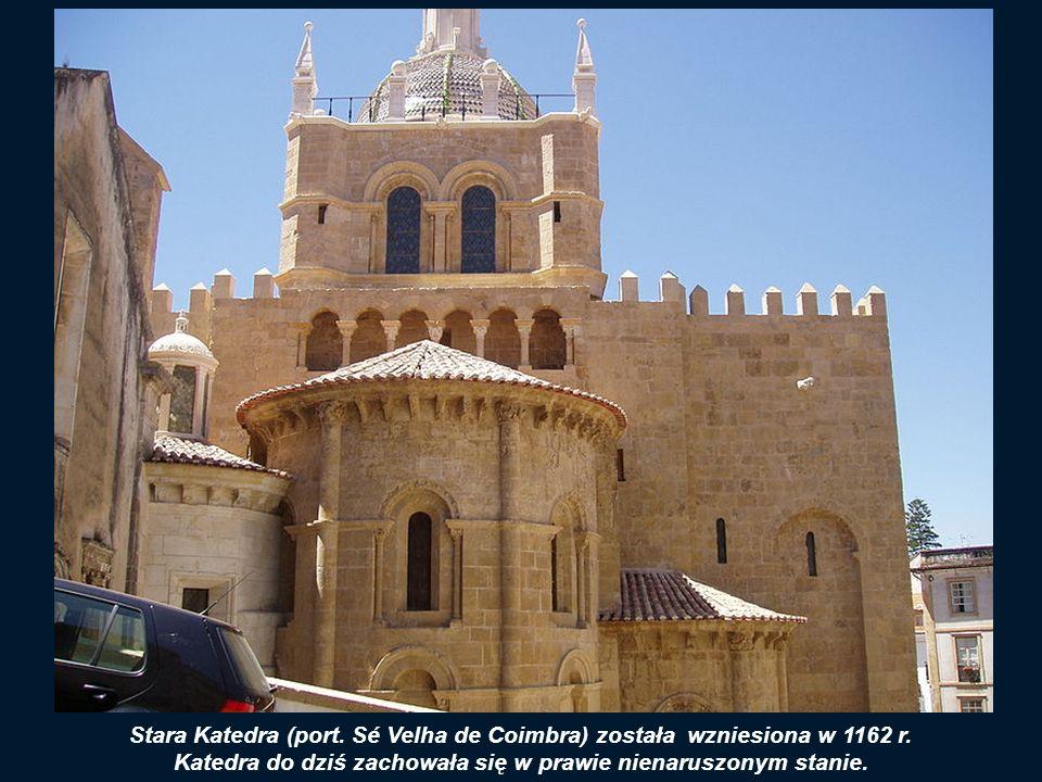 Widok na miasto i SE VELHA (Starą Katedrę)