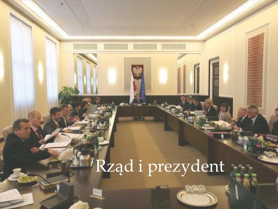 Prezydent RP Konstytucja określa Prezydenta jako organ władzy wykonawczej.