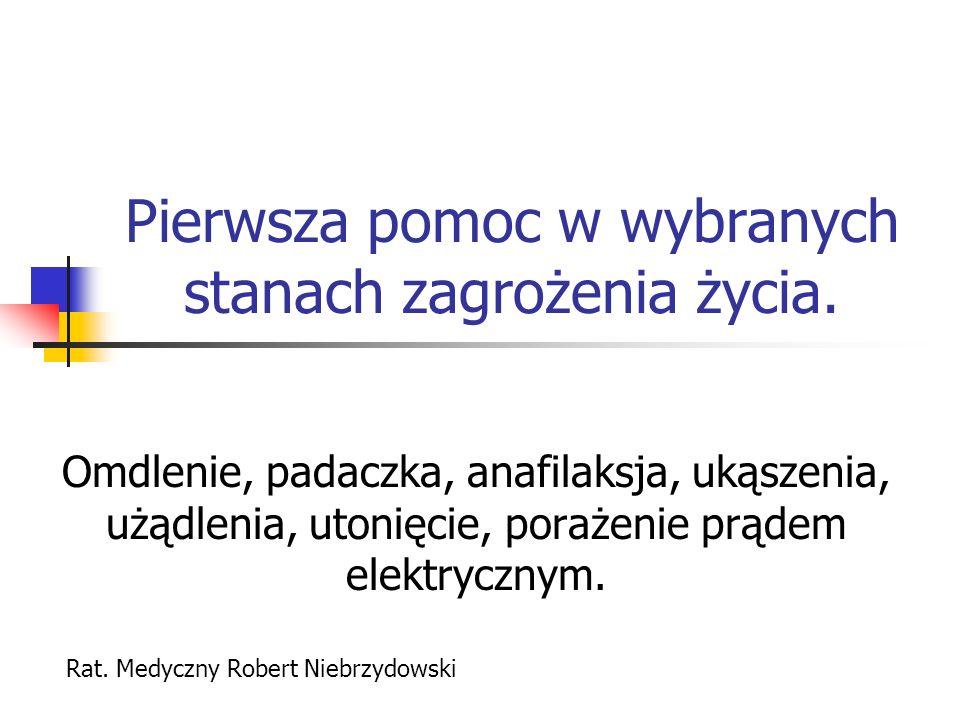 KLASYFIKACJA OBJAWÓW NAPADY UOGÓLNIONE napady nieświadomości (małe, petit mal), napady duże (drgawkowe, grandmal): kloniczno- toniczne, toniczne, miokloniczne, atoniczne.