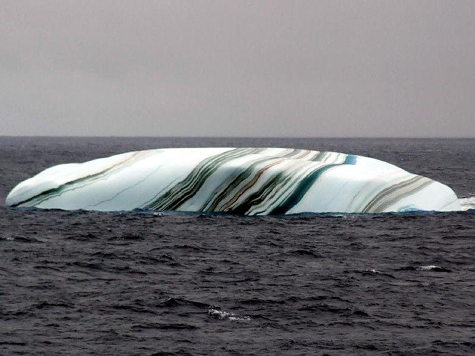 Jeśli góra lodowa oddziela się od kry, to warstwa wody może ulec zamrożeniu pod powierzchnią. Jeśli woda zawiera dużo alg, warstwa będzie zielona. War