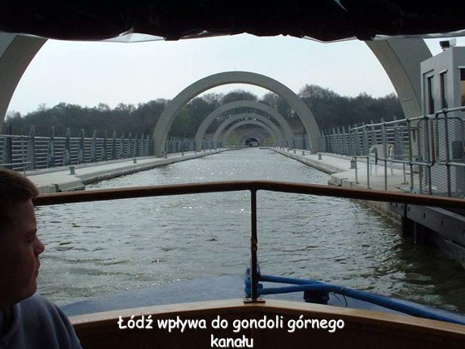 Śluza zabezpieczająca dolny kanał