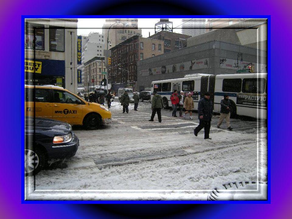 Tak wygląda przejście dla pieszych This is the pedestrian crossing