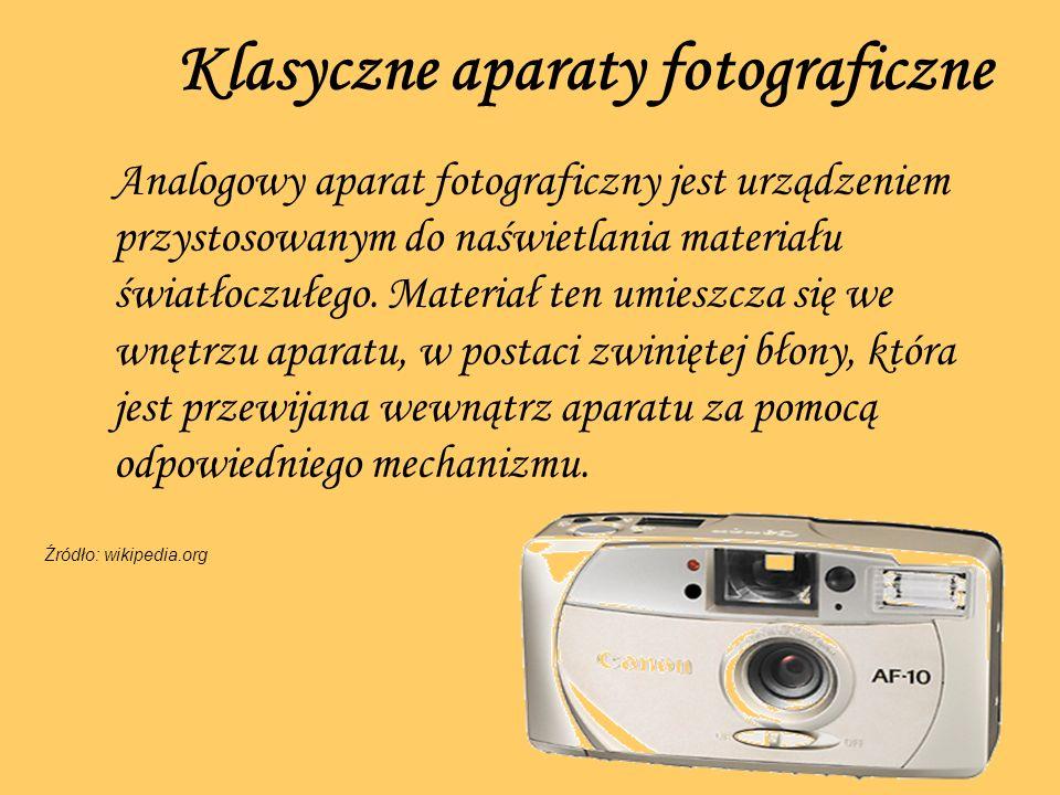 Klasyczne aparaty fotograficzne Analogowy aparat fotograficzny jest urządzeniem przystosowanym do naświetlania materiału światłoczułego. Materiał ten