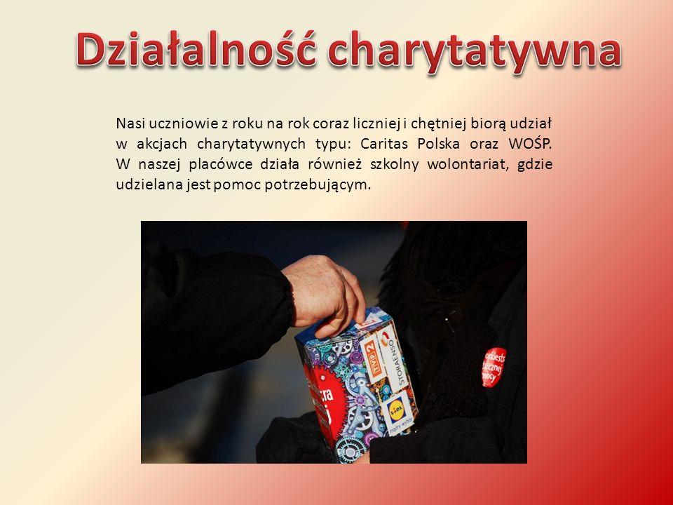 Nasi uczniowie z roku na rok coraz liczniej i chętniej biorą udział w akcjach charytatywnych typu: Caritas Polska oraz WOŚP. W naszej placówce działa