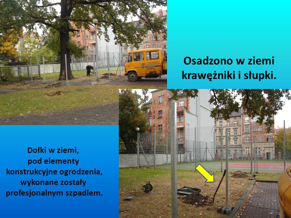 W ciągu niecałych 2 tygodni zakupiono elementy ogrodzenia i 16.10.2012 r.