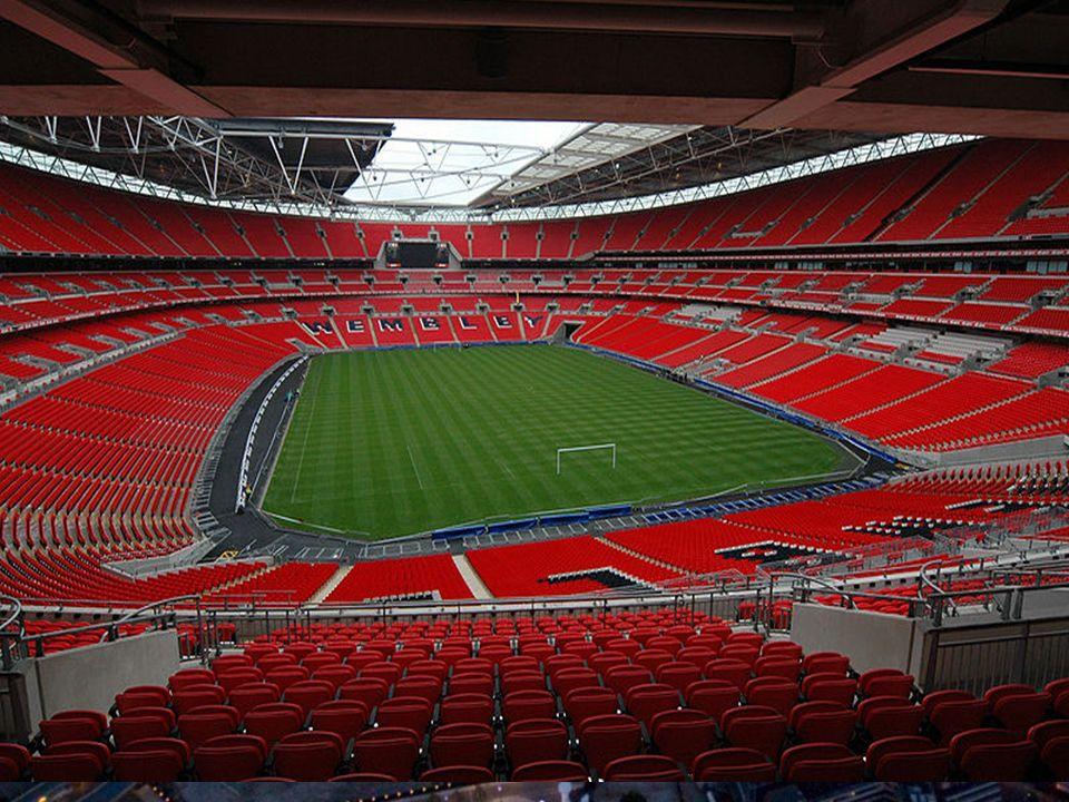 Wembley-największy stadion zaraz po Hiszpańskim Camp Nou w Europie. Obecnie na trybunach może równocześnie zasiąść 90,000 widzów. Na Wembley Stadium m