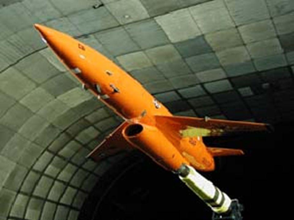 MEiL Na Wydziale Mechanicznym Energetyki i Lotnictwa prowadzone są stacjonarne (dzienne) studia trójstopniowe: I-ego stopnia, inżynierskie (3,5 roku,