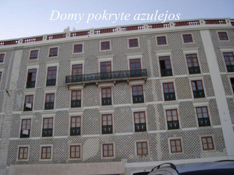 Domy pokryte azulejos