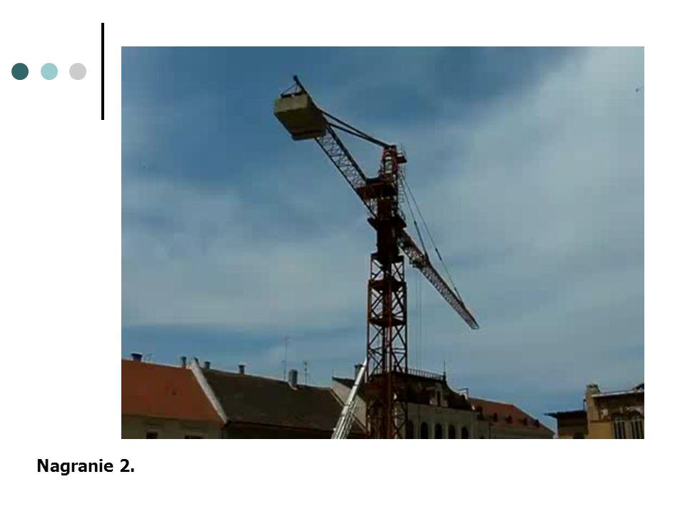 Maszynista żurawia - jest to wykwalifikowany i posiadający uprawnienia pracownik, który ustawia, obsługuje i kontroluje pracę żurawia na placach budowy, placach składowych drewna, kolei i zakładach przemysłowych.