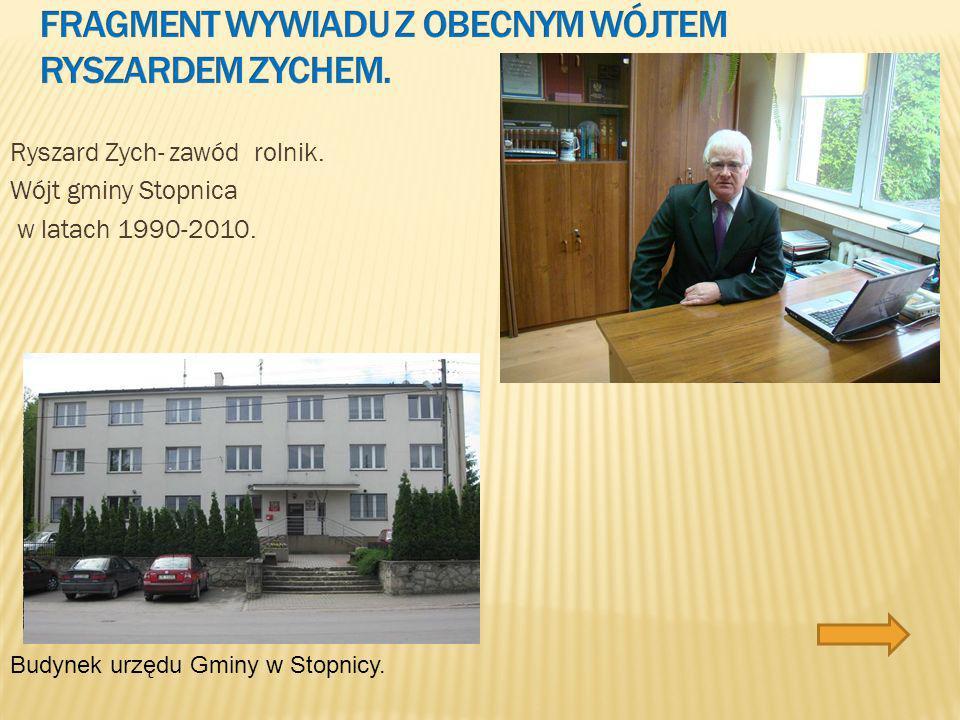 Romuald Kopiński- Zawód lekarz. Przewodniczący Rady Gminy w latach 1991-2003 Ośrodek Zdrowia w Stopnicy