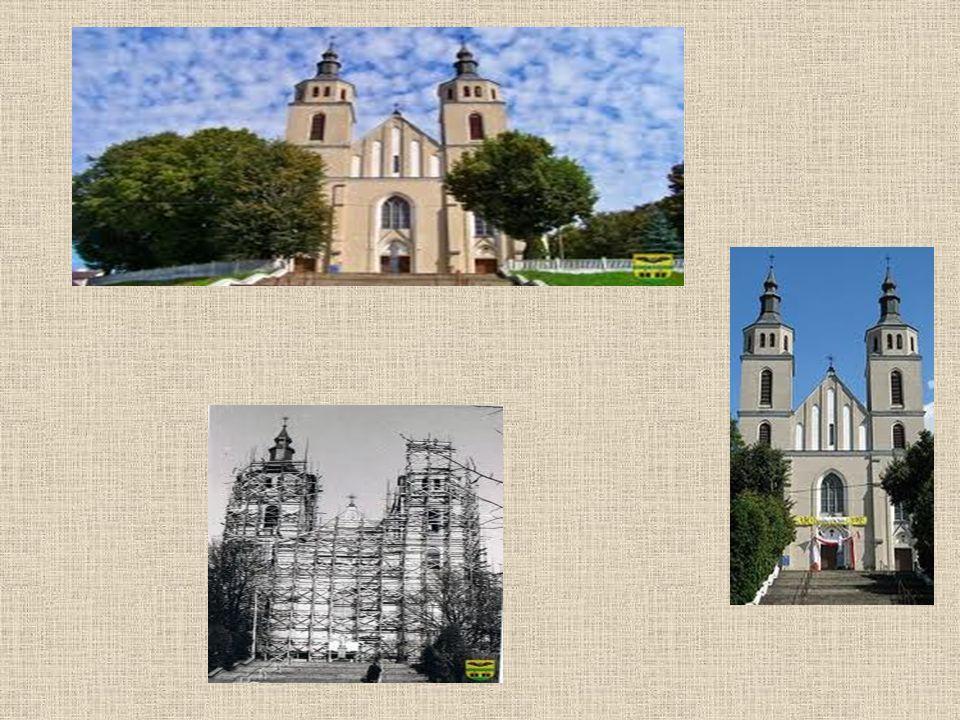 Cmentarz parafialny, rzymskokatolicki, obiekt wpisany do rejestru zabytków.