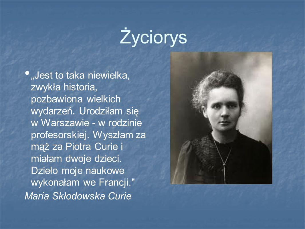 Urodziła się 7 listopada 1867 roku w Warszawie.