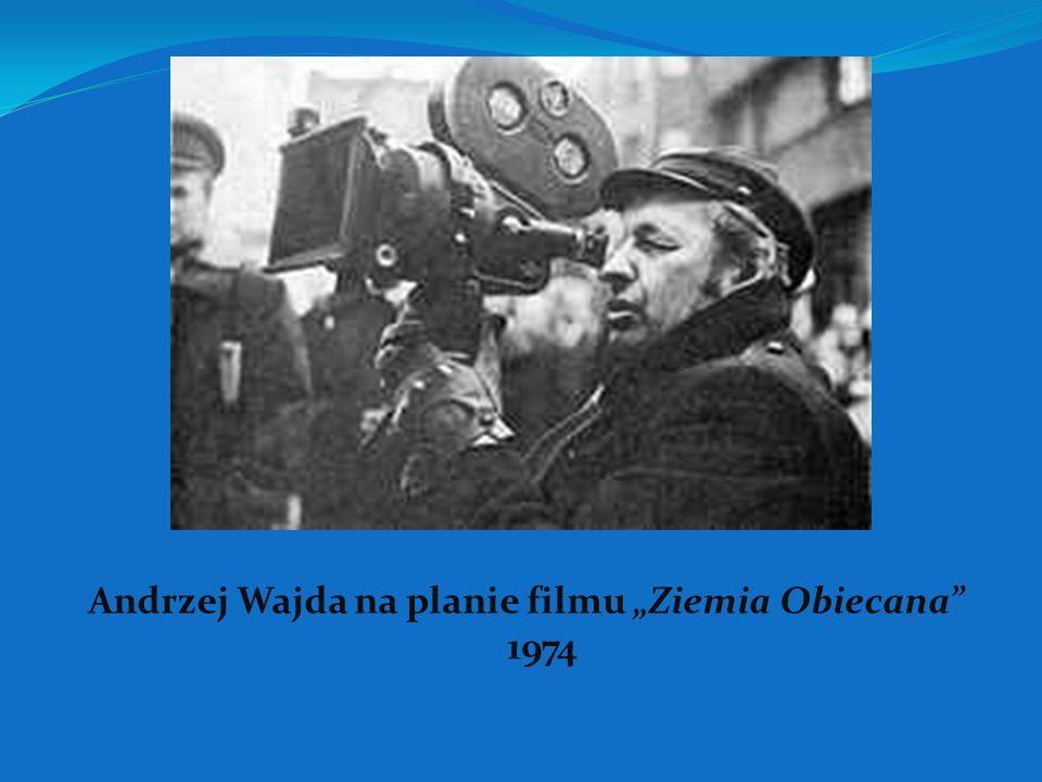 W zawodzie debiutował u boku Aleksandra Forda przy filmie Piątka z ulicy Barskiej. Jego pierwszym samodzielnym filmem było Pokolenie z 1954. Cztery la