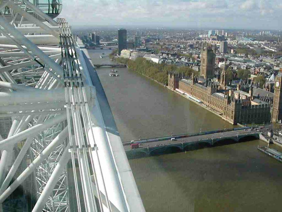 London Eye przypomina koło rowerowe w skali XXL. Ma 424 m. obwodu i waży 600 t. W przeciwieństwie do koła rowerowego
