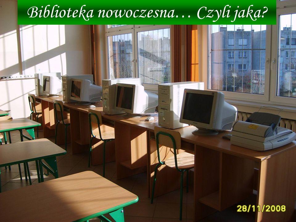 Teraz twój wzrok zatrzymuje się na stanowiskach komputerowych – to cztery zestawy komputerowe z dostępem do Internetu, wyposażone w wiele multimedialnych programów edukacyjnych.